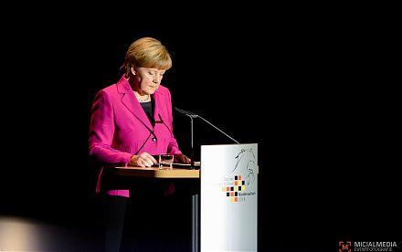 Angela Merkel bei der Festansprache zum Tag der Deutschen Einheit 2014 in Hannover | Foto: Michael M. Roth, MicialMedia